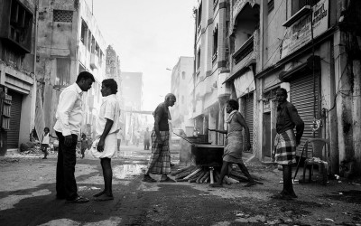 'A daily drama at Parrys Corner' by Mahesh Balasubramanian, Street of Parrys Corner, Chennai, India