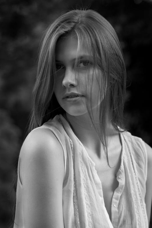 Lucie Pustova. © Adam Marelli