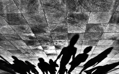 'Nos extendemos por obra y gracia de la luz' by Alan Carranza